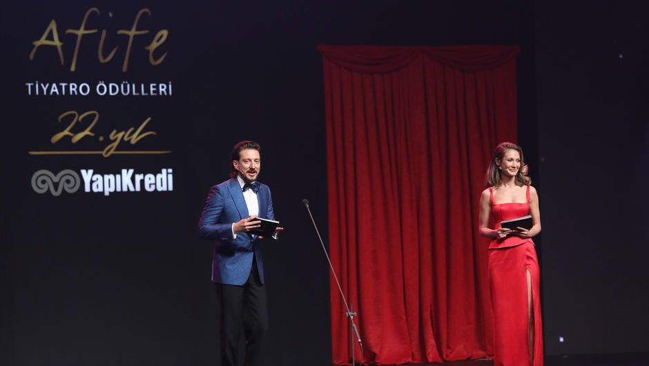 Yap Kredi Afife Tiyatro Ödülleri sahiplerini buldu