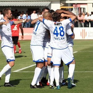 PLAY-OFF'TA İLK FİNALİST BELLİ OLDU!