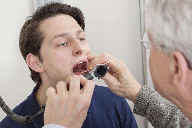 Diş fırçalamak orucu bozar mı? Diş macunu yutmak orunu bozar mı?