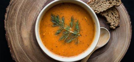 Ezogelin çorbası nasıl yapılır? Ramazan sofralarının baş tacı ezogelin çorba tarifi ve malzemeleri!