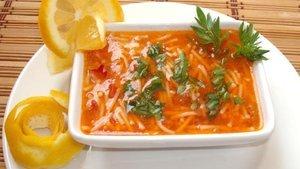 Tel şehriyeli çorba tarifi: Domatesli salçalı tel şehriyeli çorba kaç kaloridir?