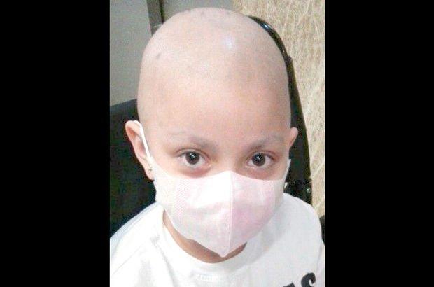 Lösemi hastası  Betül Tongal