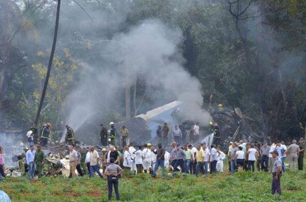 Küba'da uçak düştü! En az 100 ölü var