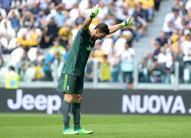 Böyle veda görülmedi! Gianluigi Buffon gözyaşlarına boğuldu