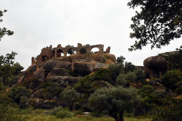 8 bin yıllık kaya resimleri ziyaretçileri büyülüyor