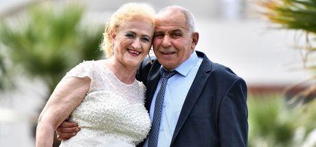İzmir'de 'huzurevi aşıkları' nikah masasına oturdu