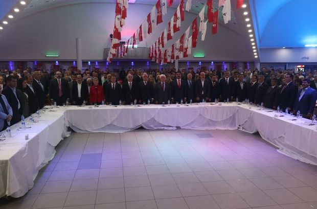 Sıralamayı beğenmeyen CHP'li adaylar istifa etti