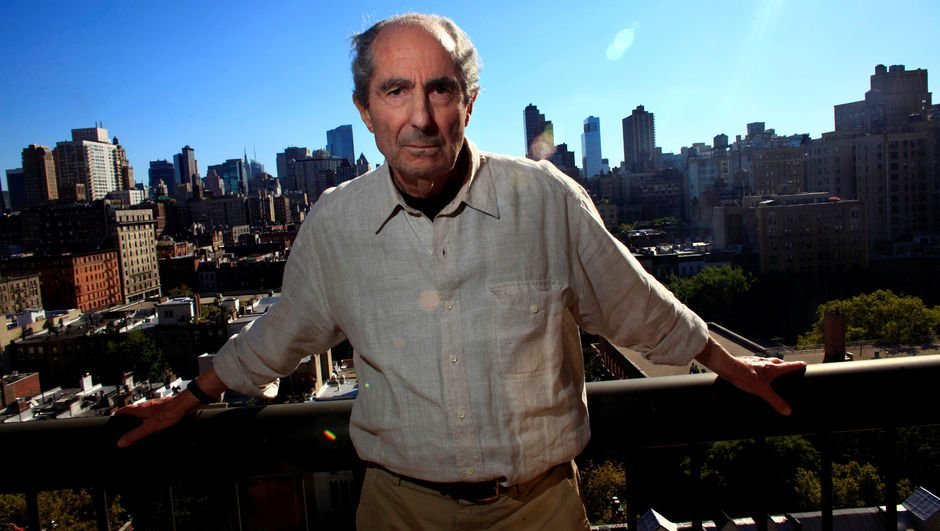 Dünyaca ünlü yazar hayatını kaybetti!