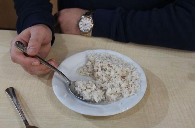 Mis gibi kokan şehriyeli, sade pilav nasıl yapılır? Pirinç pilavı tarifi...