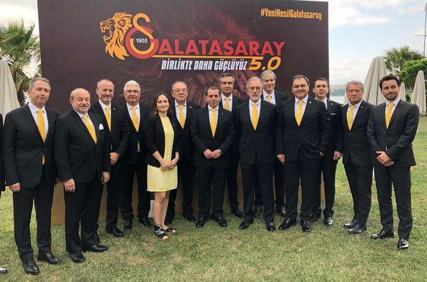 Dursun Özbek ekibini tanıttı