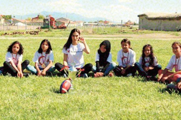 Konyalı kız öğrencilerin ragbi aşkı