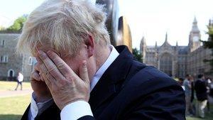 İngiliz Bakanı telefonda 'işlettiler'... Ermenistan Başbakanı ile konuştuğunu sandı