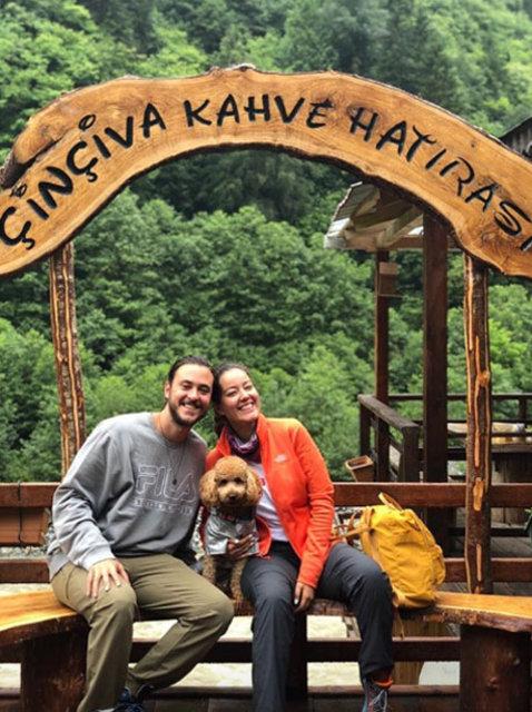 Pelin Akil ve eşi Anıl Altan, Karadeniz turuna çıktı - Magazin haberleri