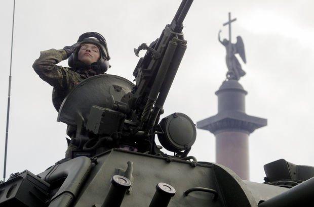 ABD Rusya'yı askerlerini çekmesi için uyardı!