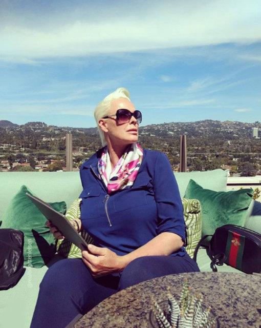 54'lük anne Brigitte Nielsen ortaya çıktı - Magazin haberleri