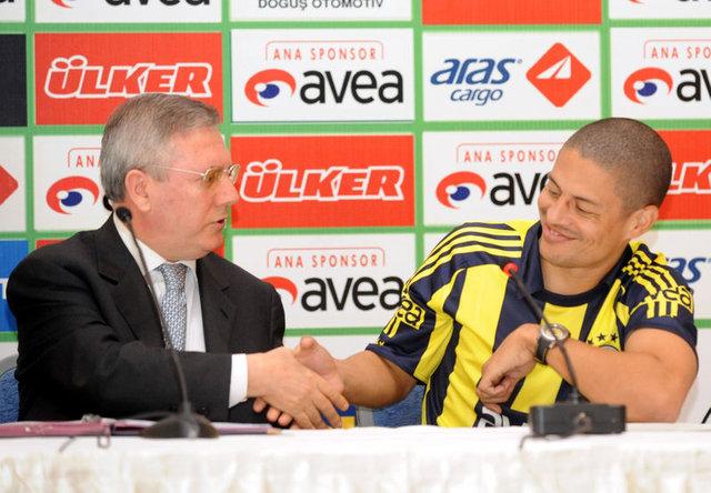 Aziz Yıldırım, Fenerbahçe başkanlığını kaybetti! Fenerbahçe'ye adanmış bir hayat...