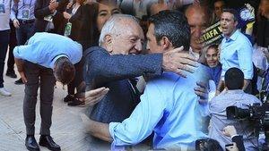 Ali Koç Fenerbahçe'nin yeni başkanı oldu, stat coştu (Fenerbahçe başkanı seçimi)
