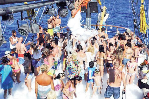 Teknelerde köpük partisi yasaklandı