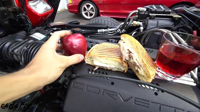 Araba motoru nasıl temizlenir?