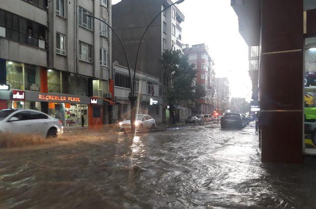 Bandırma ve Erdek'i yağış ve fırtına vurdu!