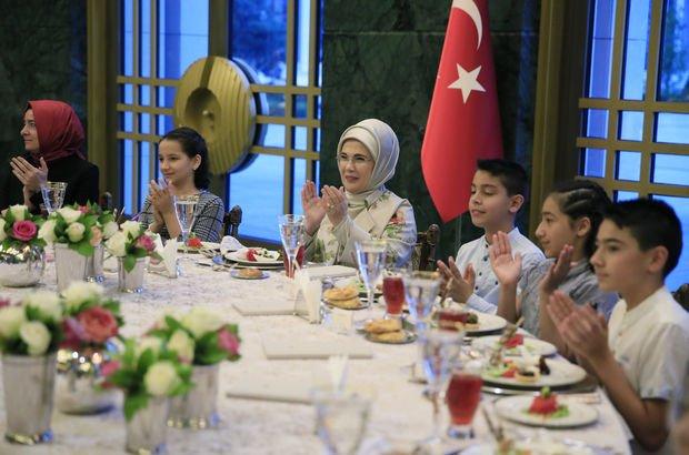 Emine Erdoğan kız öğrenciler ile sahur yapacak