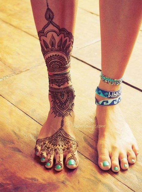 Birbirinden güzel bacak dövmeleri!