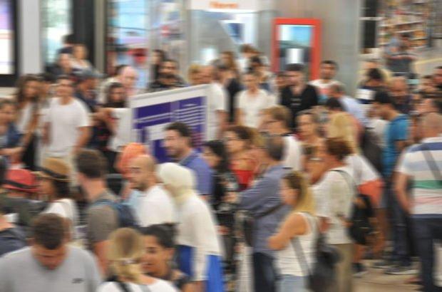 Atatürk Havalimanı'nda bayram yoğunluğu!