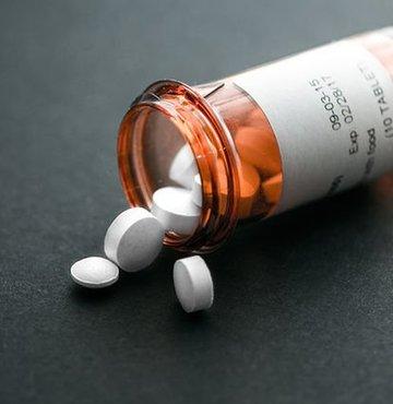 Çaresiz hastalık İlaç şirketleri ilaç denemelerini durdurdu