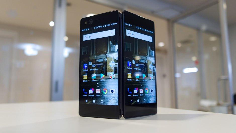 Samsung'un katlanabilir ekranlı telefonu ortaya çıktı!