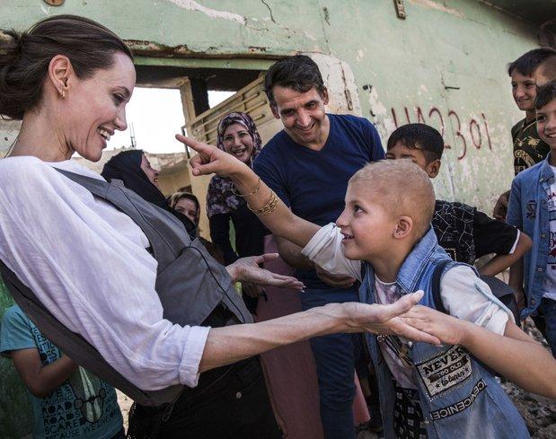 Angelina Jolie mülteci kampını ziyaret etti
