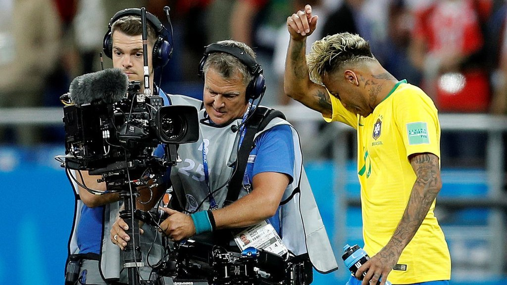 Dünya, 2018 Dünya Kupasını canlı videodan seyrediyor!
