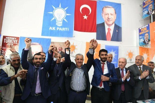 Saadet Partisi'nde 24 istifa!
