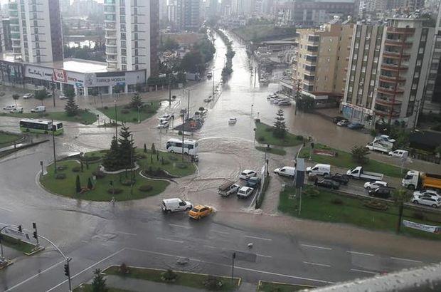 Bir anda bastırdı! Adana sular altında