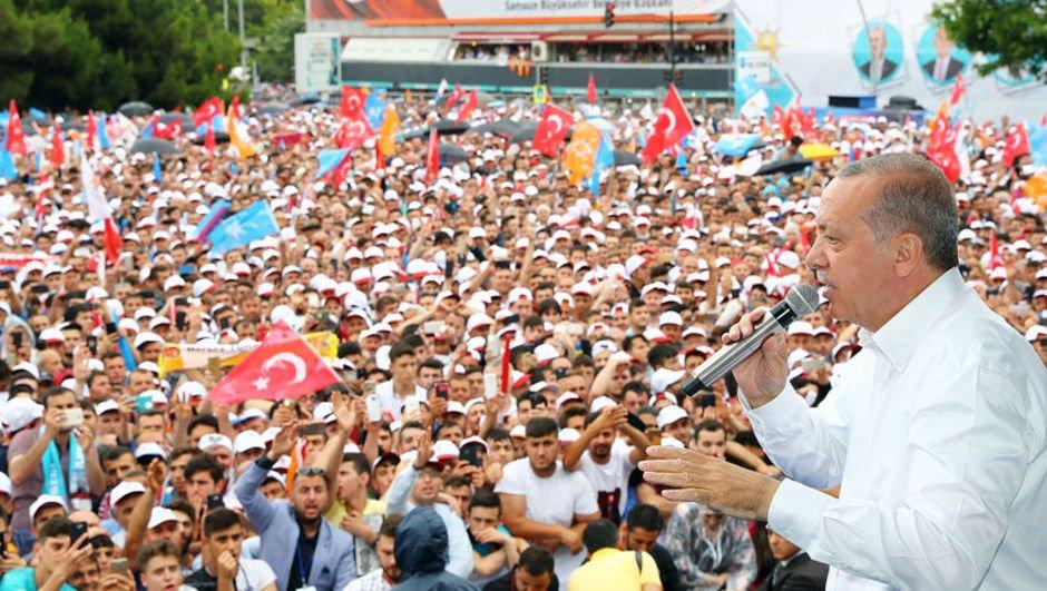 Erdoğan: PYD/YPG Münbiçi terk ediyor