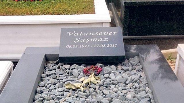 Vatan Şaşmaz'ın mezarı Babalar Günü'nde boş kaldı - Magazin haberleri