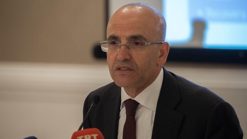 4.76 lirayı aşan dolara Mehmet Şimşek'ten açıklama