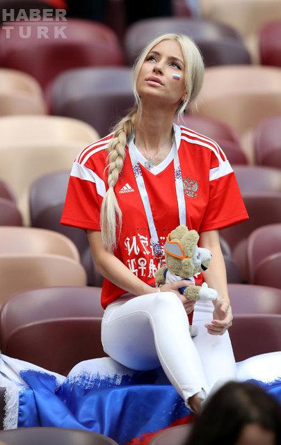 Dünya Kupası tribün güzelleri...