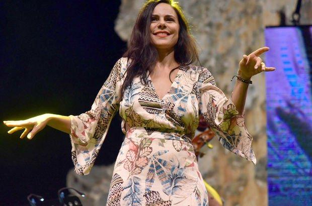 Şenay Lambaoğlu: Duygularımı görücüye çıkardım - Magazin haberleri