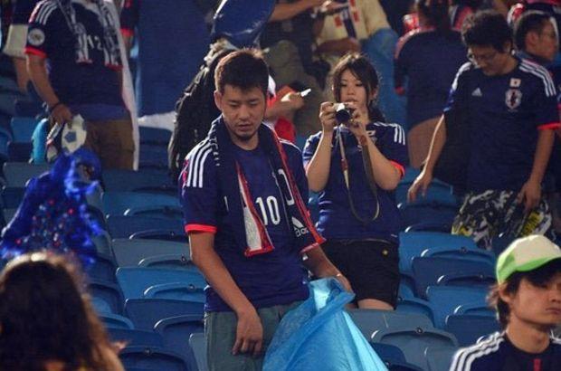 Japonlar, temizlikleriyle futbolseverleri büyüledi