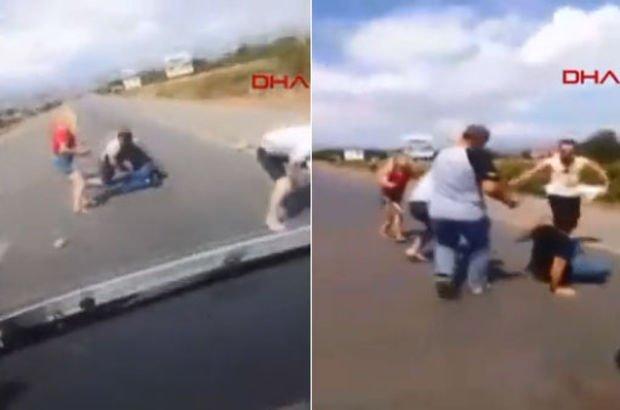 Kaza sonrası baba ve oğlunun darp edilip, bıçaklandığı anlar kamerada