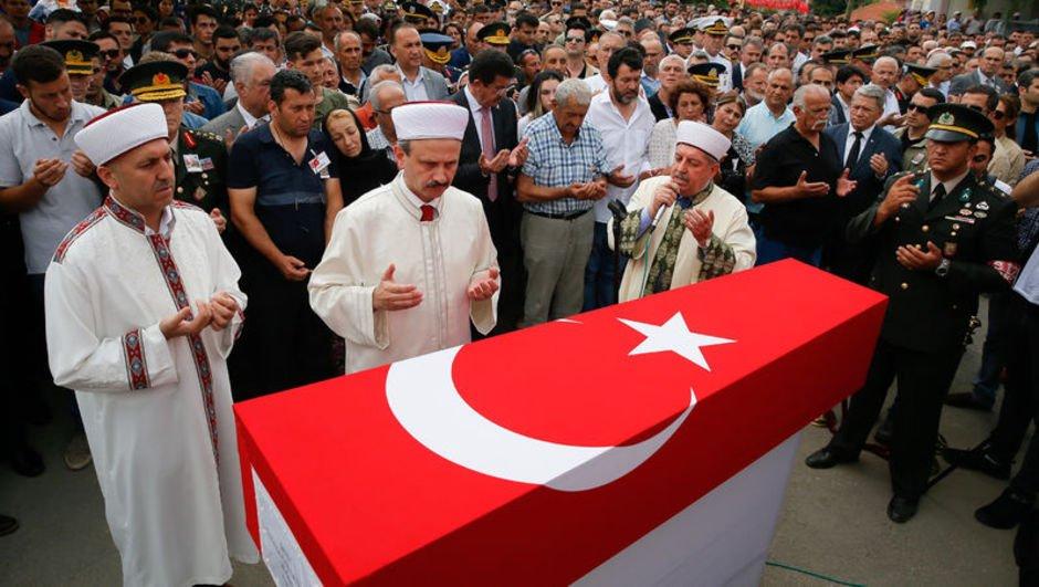 Şehit asker Çağatay Necati Dinç son yolculuğuna uğurlandı
