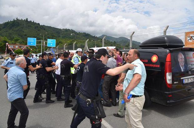Kılıçdaroğlu'nu bekleyen taksiciler ile polisler arasında gerginlik