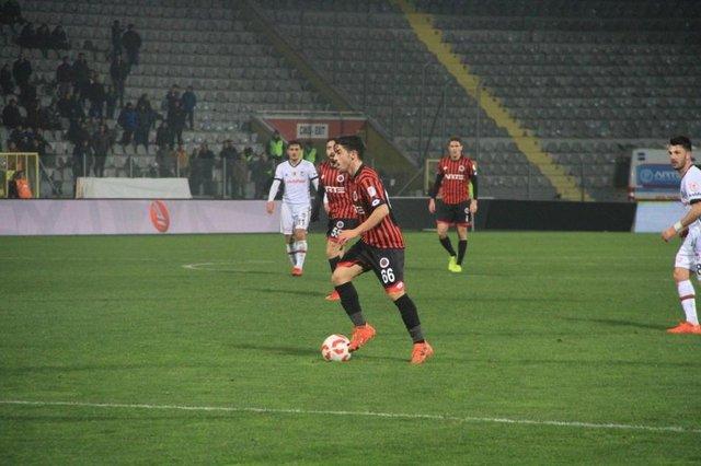 Galatasaray'da son dakika transfer haberleri! İlk teklif yapıldı! İşte sözleşme detayları... Milik, Ahmed Musa, Fatih Terim...