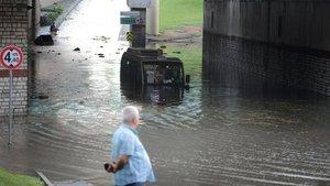 Uzmanlar uyarıyor: Şehirlerde sel artacak