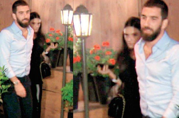 Arda Turan ile Aslıhan Doğan, Yeniköy'de yemek yedi - Magazin haberleri