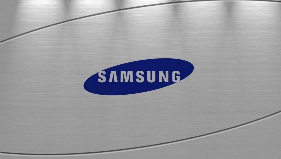 Tasarım harikası Galaxy S10'un görseli sızdırıldı!