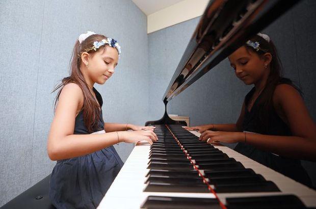 Minik Çınara uluslararası piyano yarışmasında birinci oldu