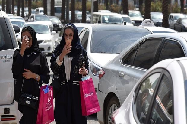 Yarın direksiyon yasakları kalkacak Suudi kadınlara hâlâ yasak 5 şey