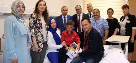 8 yaşındaki Betim tedavi için Makedonya'dan Düzce'ye geldi