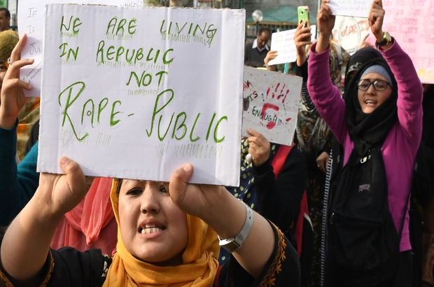 Hindistan: İnsan kaçakçılığını protesto eden beş kadın kaçırıldı, toplu tecavüze uğradı